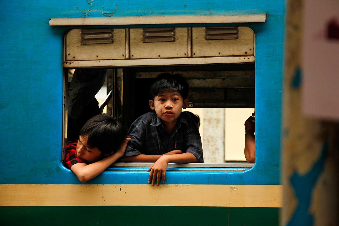 lokale på toget i yangon