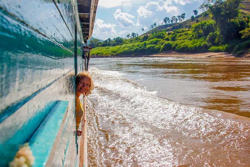 bådtur i Laos