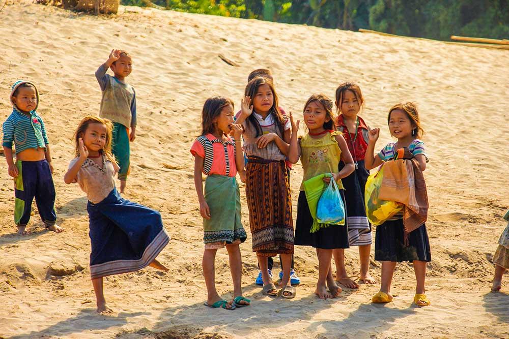 søde lokale på vejen til Laos