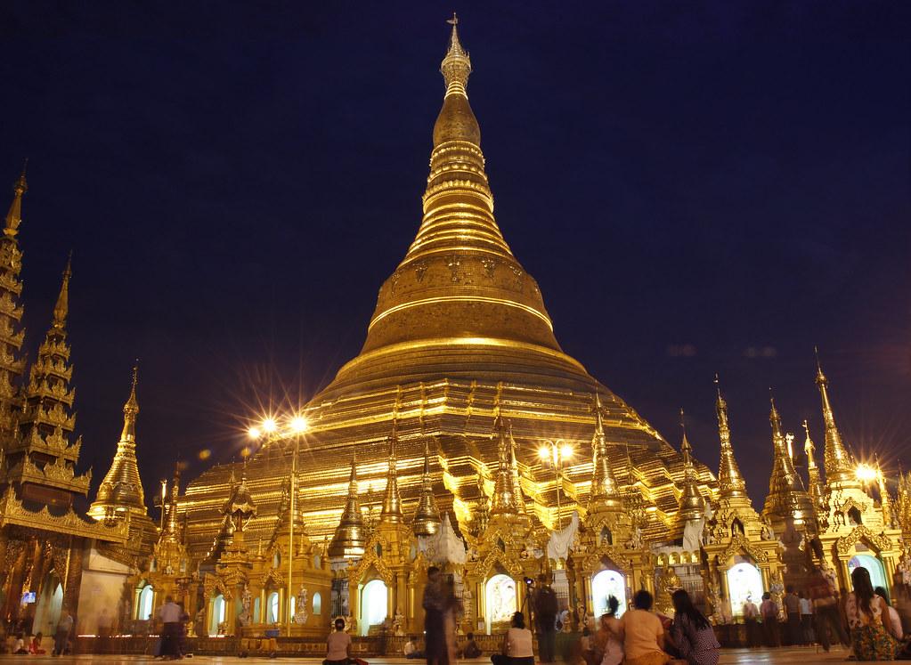 helShwedagon Pagoden i Yangon