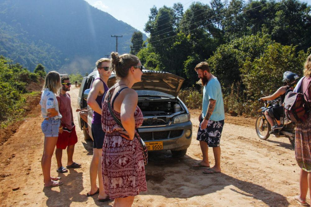 Bilproblemer i Laos