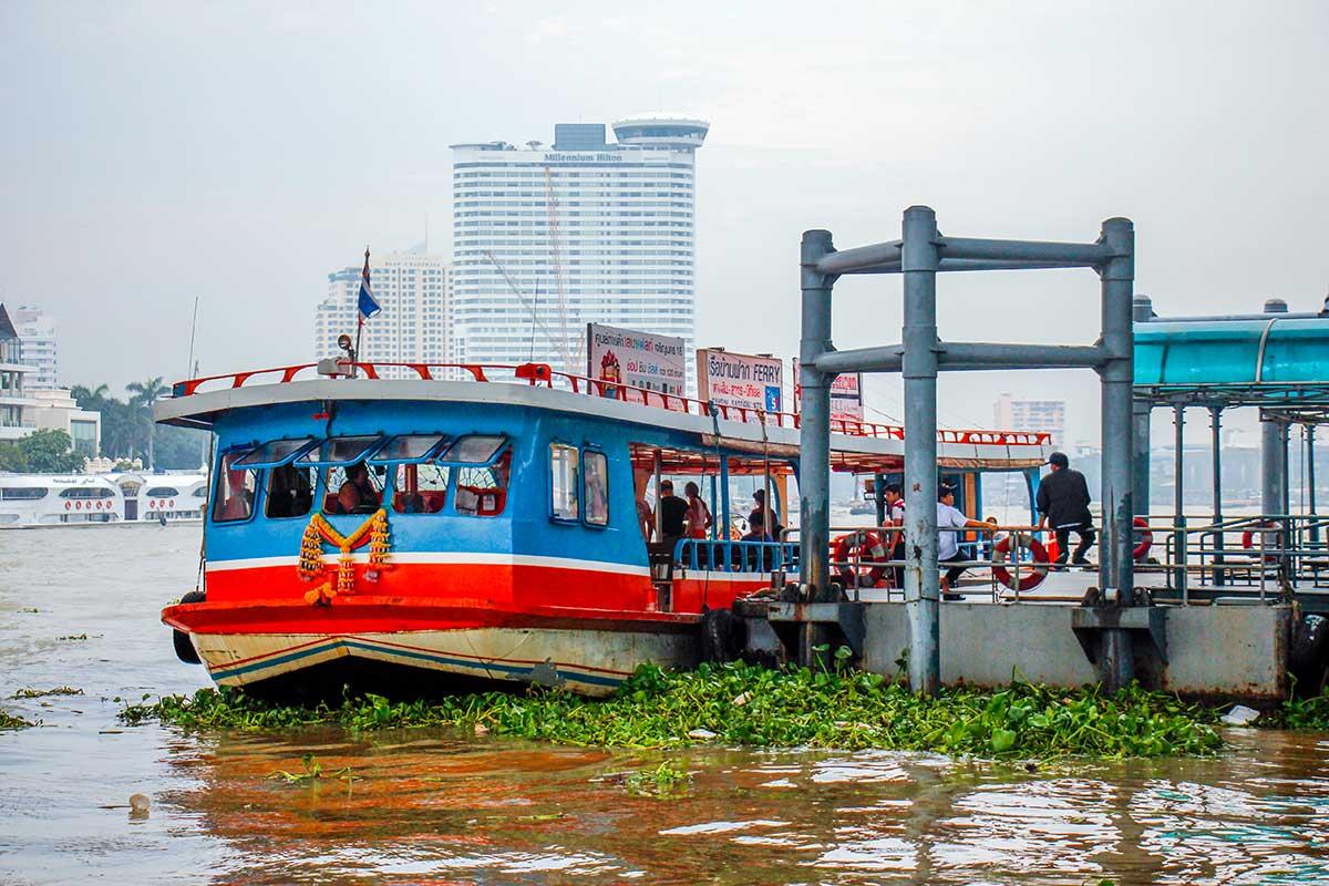 Bådtur på Chao Phraya floden