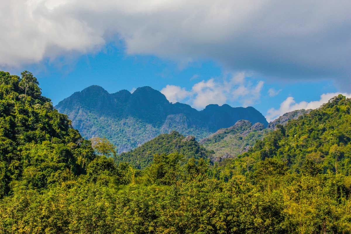 The Blue Lagoon i Vang Vieng, Laos – turen som ikke gik glat….