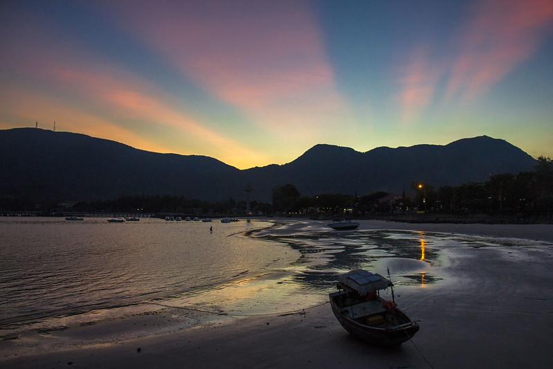 solnedgang på con dao islands, Vietnam