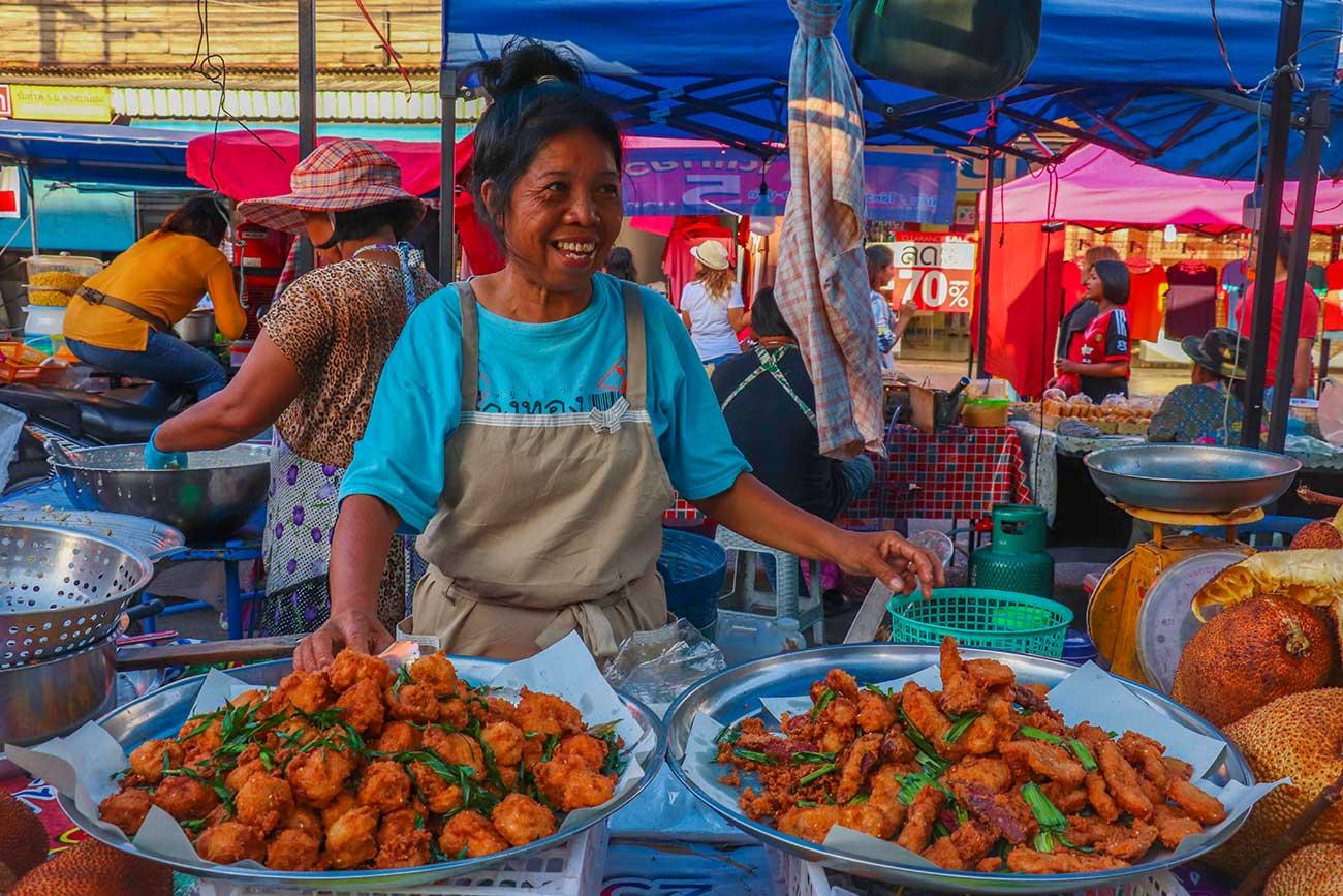khanom market