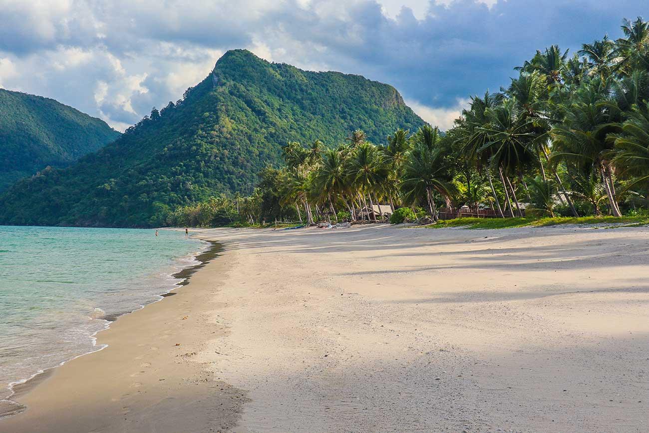 thong ching bay, khanom, thailand