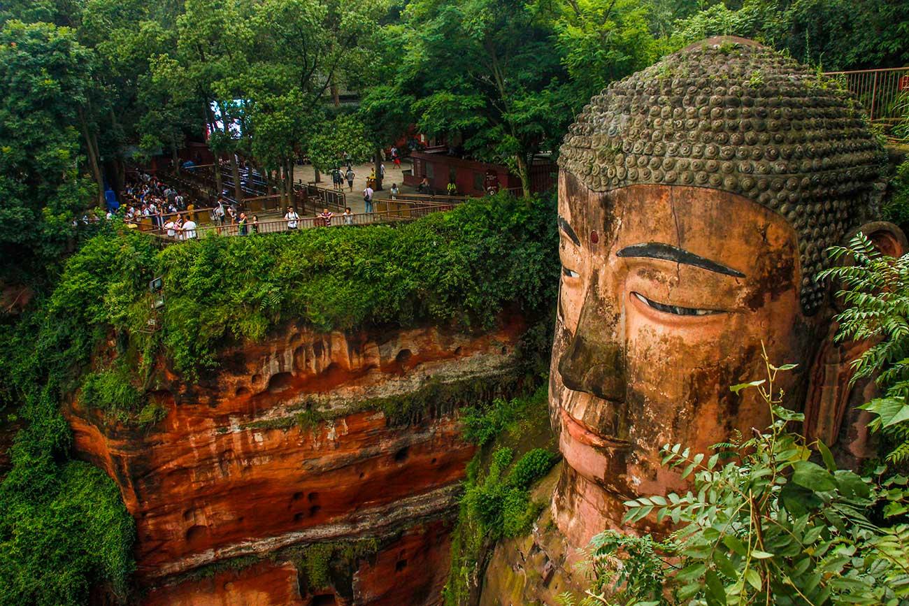 Fantastiske oplevelser ved Leshan Buddhaen