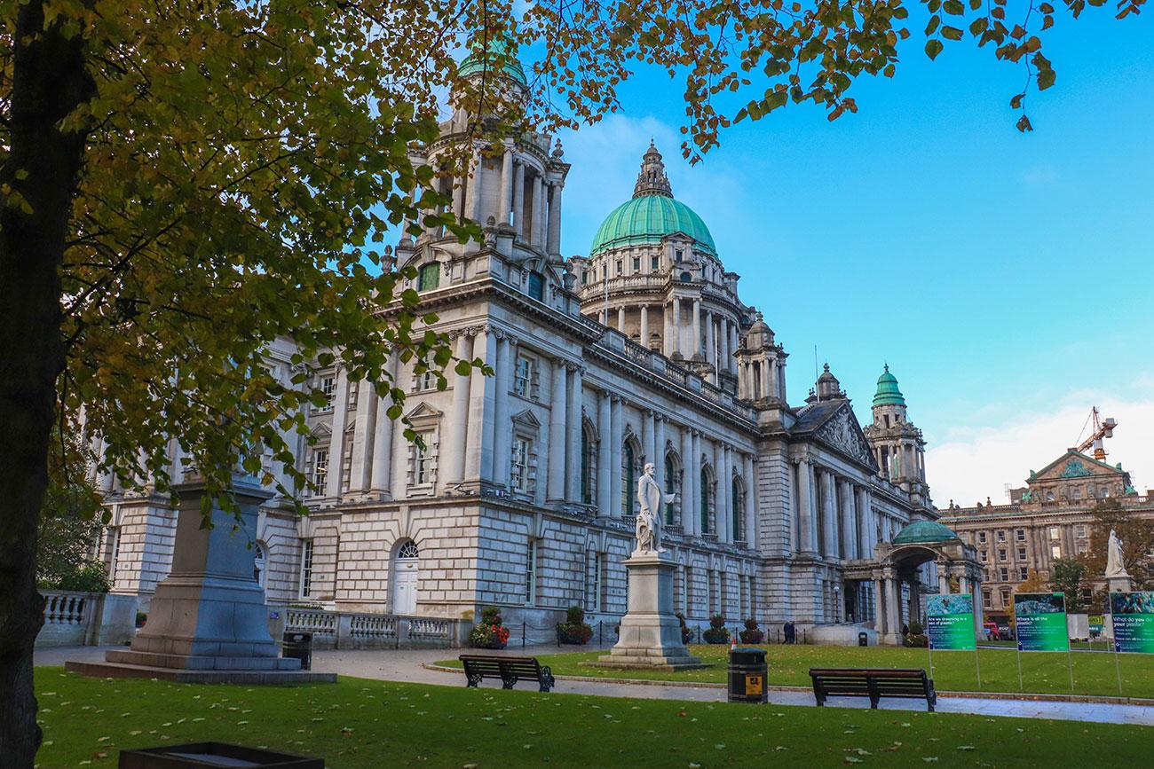 Belfast – En rejseguide til Nordirlands hovedstad