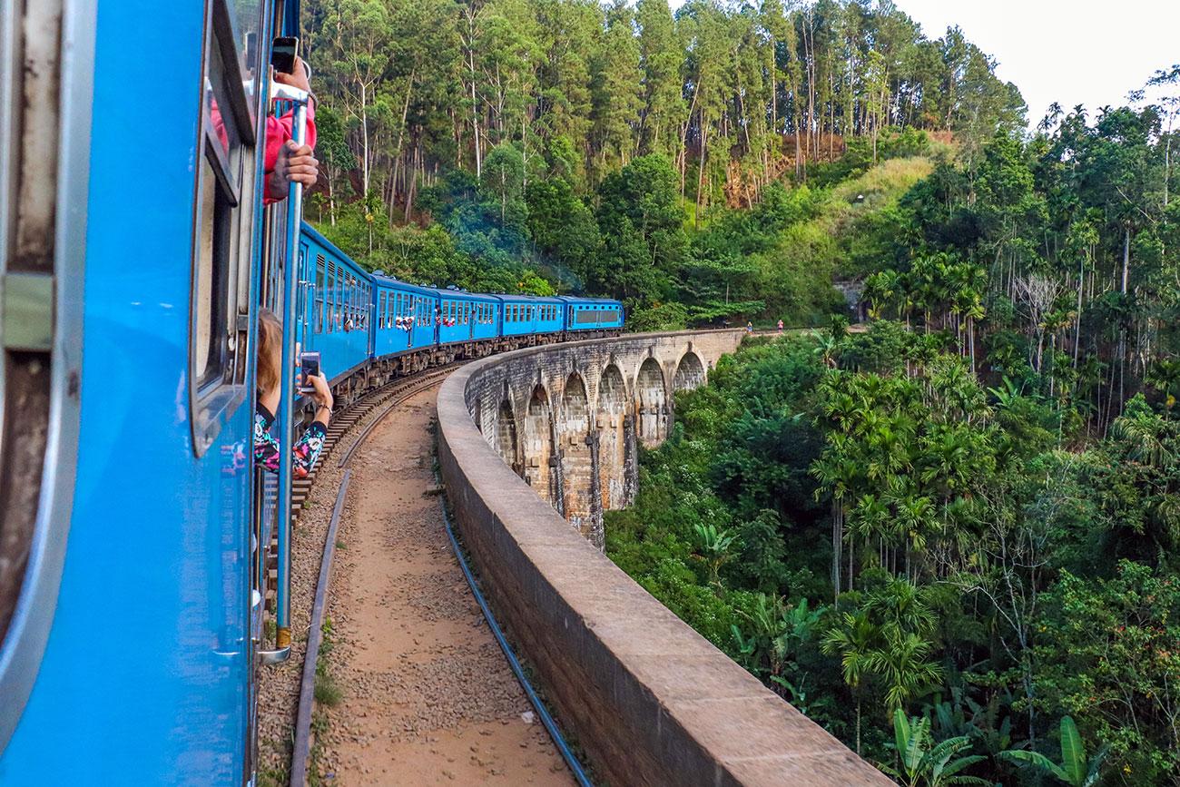 toget mellem Ella og Kandy