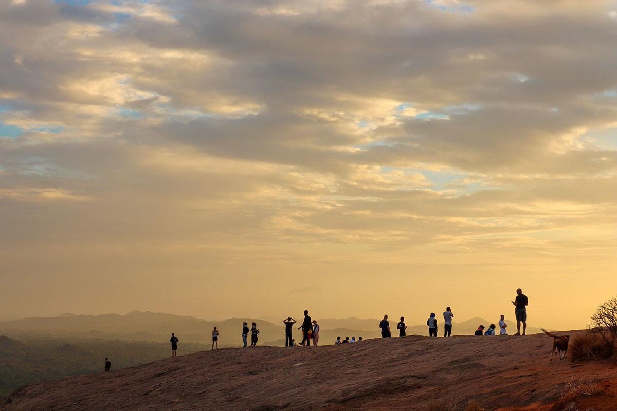 solopgang ved pidurangala rock