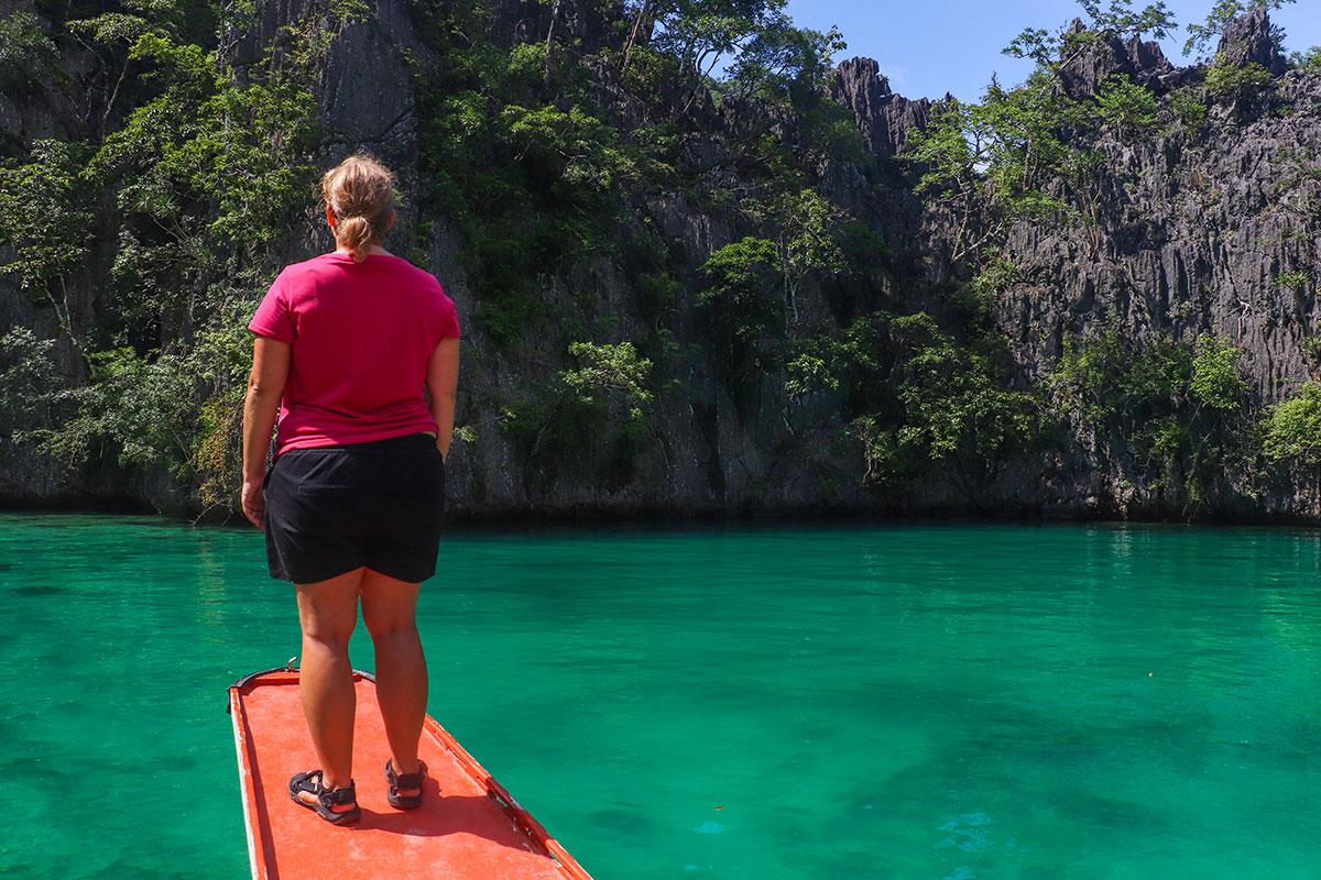 Kalkstensklipper ved Hidden Lagoon nær Coron