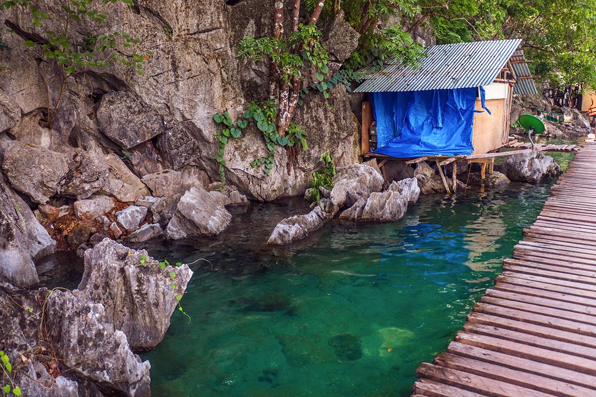 Lokalt hjem ved Kayangan Lake