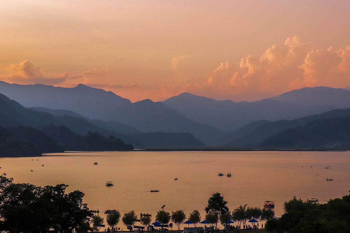 phewa lake i Pokhara