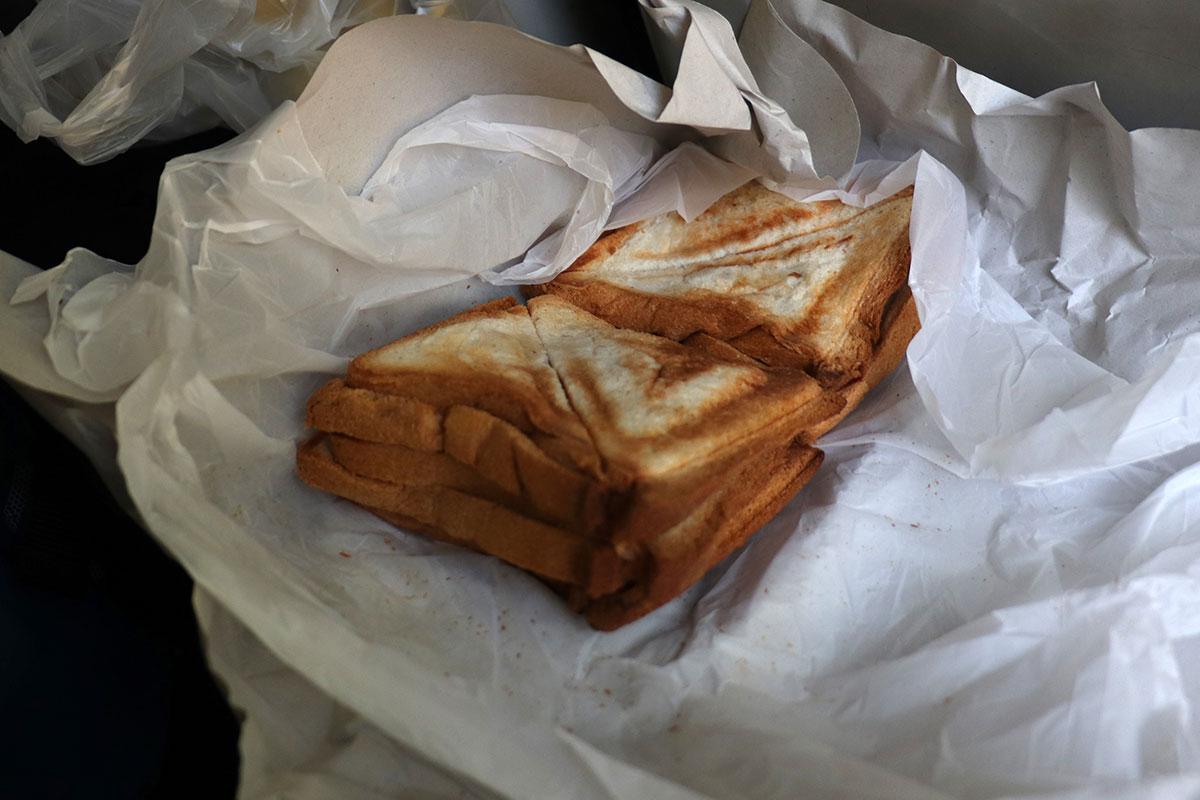 morgenmad på toget i sri lanka