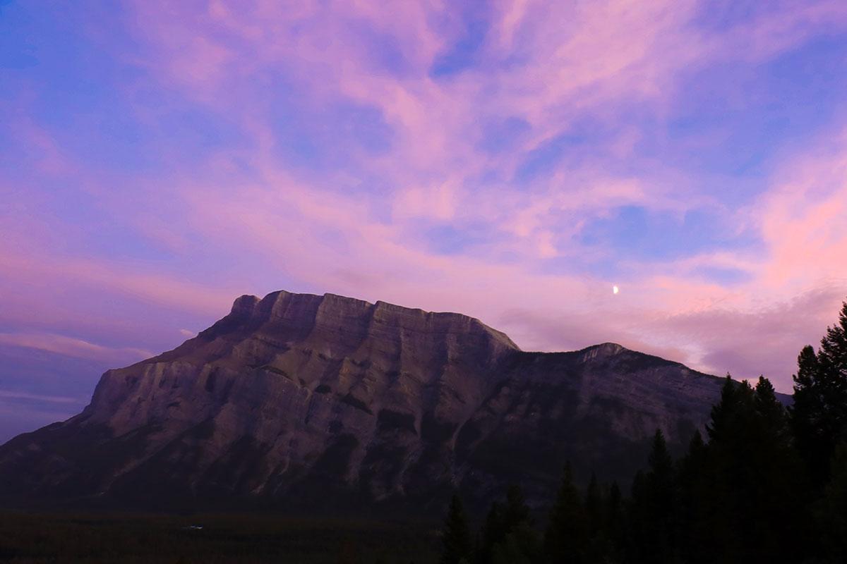 solnedgang i banff national park, canada