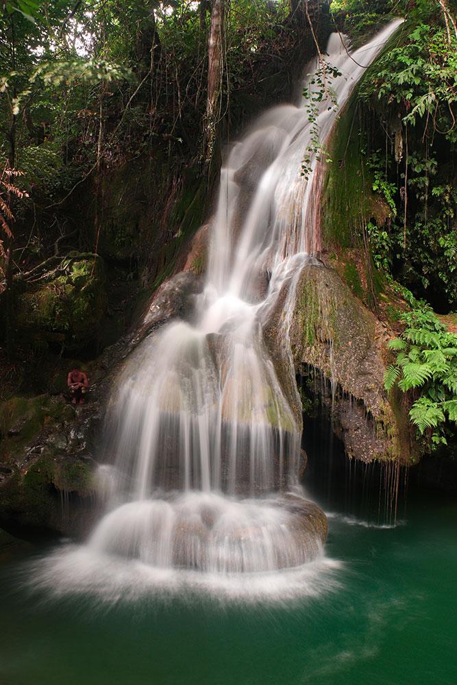 Cambais Falls, cebu island