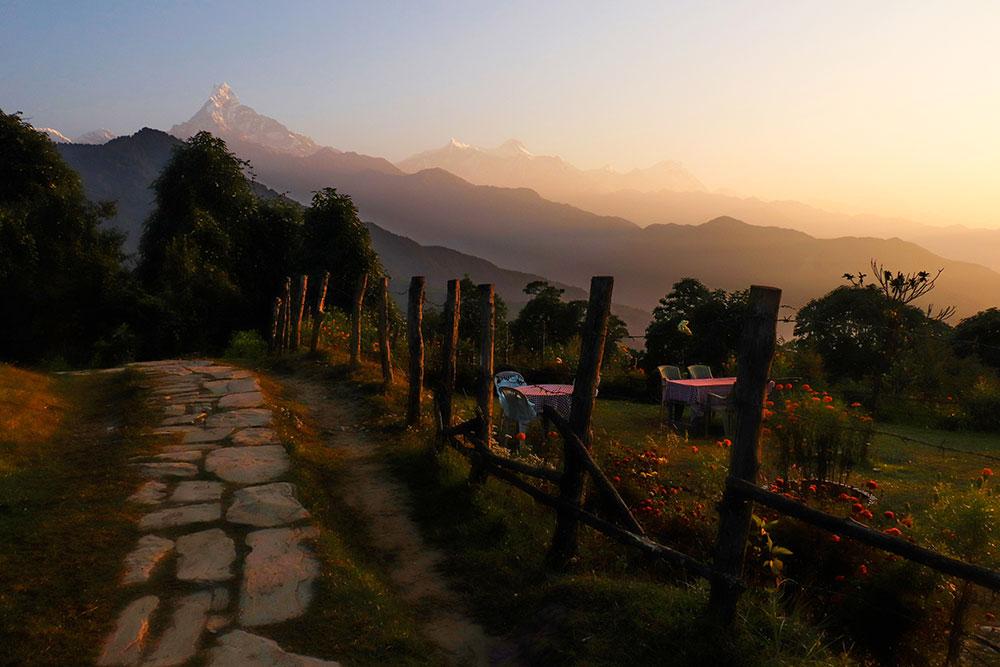 solopgang på vandreturen til Mardi Himal