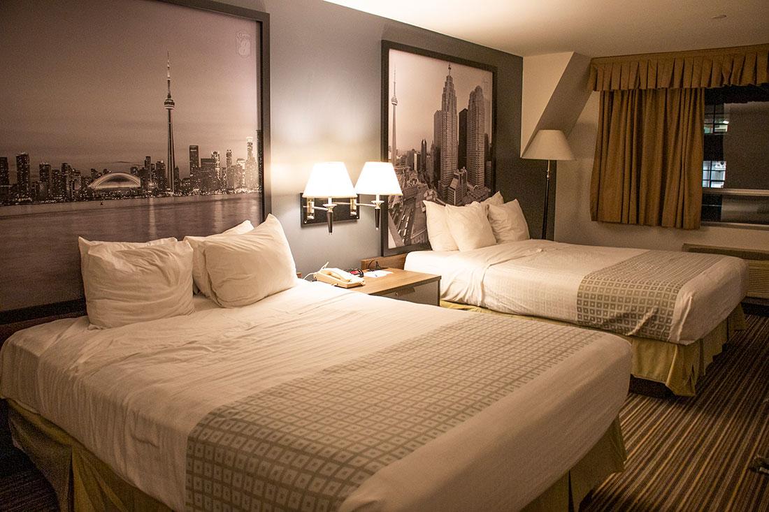 hotel i toronto