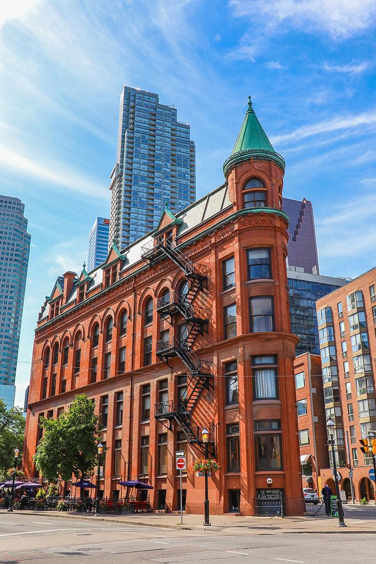 flatiron building, Toronto