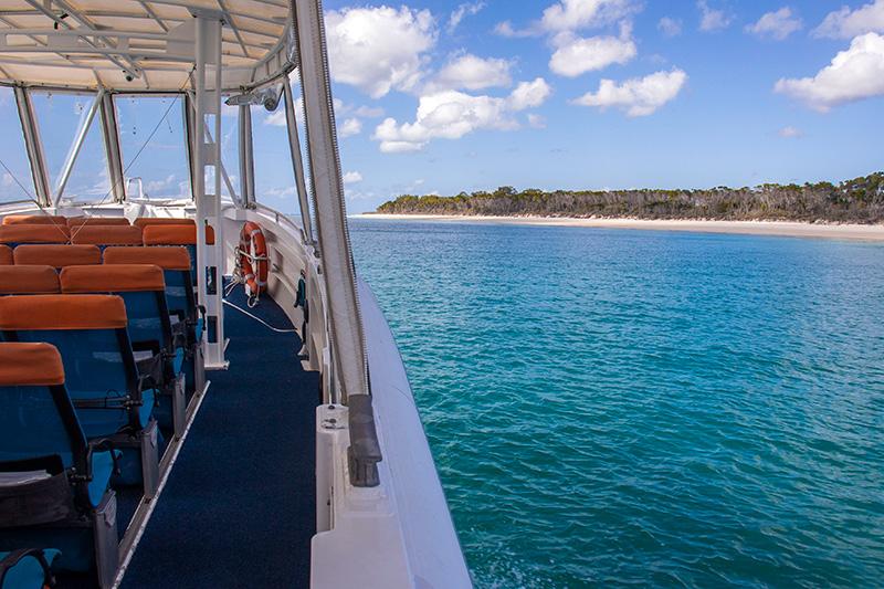 sejlads langs Fraser Island